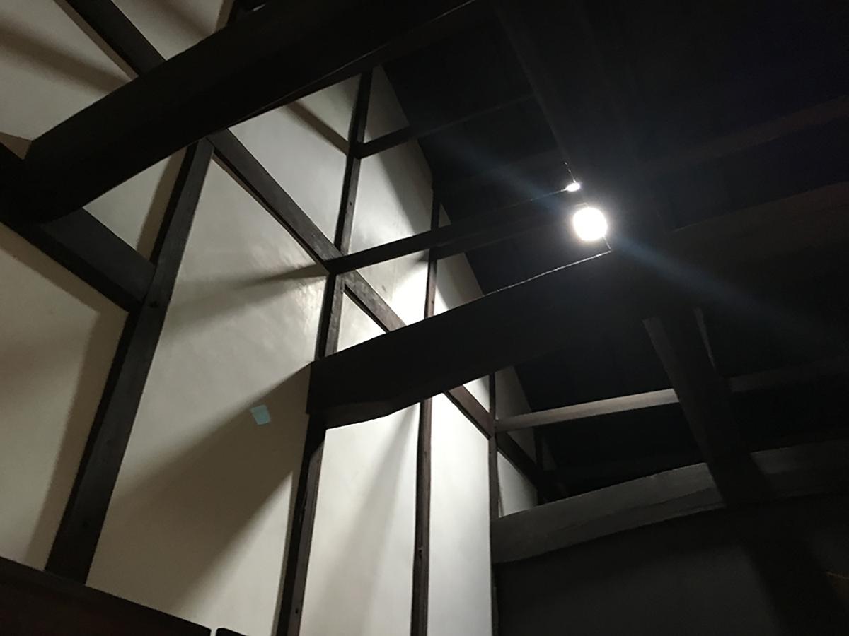 1階 庭3